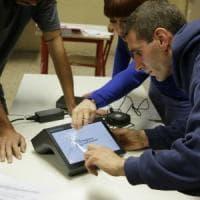 Autonomia, scricchiola il test sui tablet. Un sindaco: