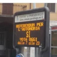 Referendum autonomia, dai tablet guasti alla maxi propaganda in strada: