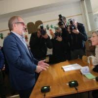 Referendum Lombardia, ore e ore per conoscere i dati sull'affluenza: alle 12 ha votato...