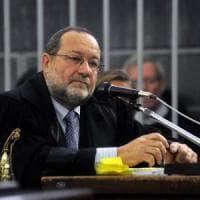"""Scontro in procura a Milano, il gip: """"Robledo non commise reati, ma operazioni c..."""