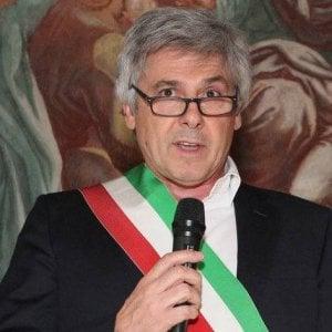 Tangenti, ex sindaco di Lonate Pozzolo (Varese) patteggia 4 anni: restituirà 65mila euro