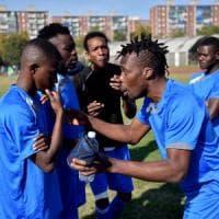 A Milano il primo torneo di calcio dei richiedenti asilo: da marzo un vero campionato