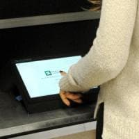 Referendum Lombardia, i tablet saranno distribuiti anche alle forze dell'ordine
