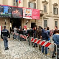 G7 Salute a Milano, Palazzo Reale sorvegliato speciale: i visitatori al metal detector