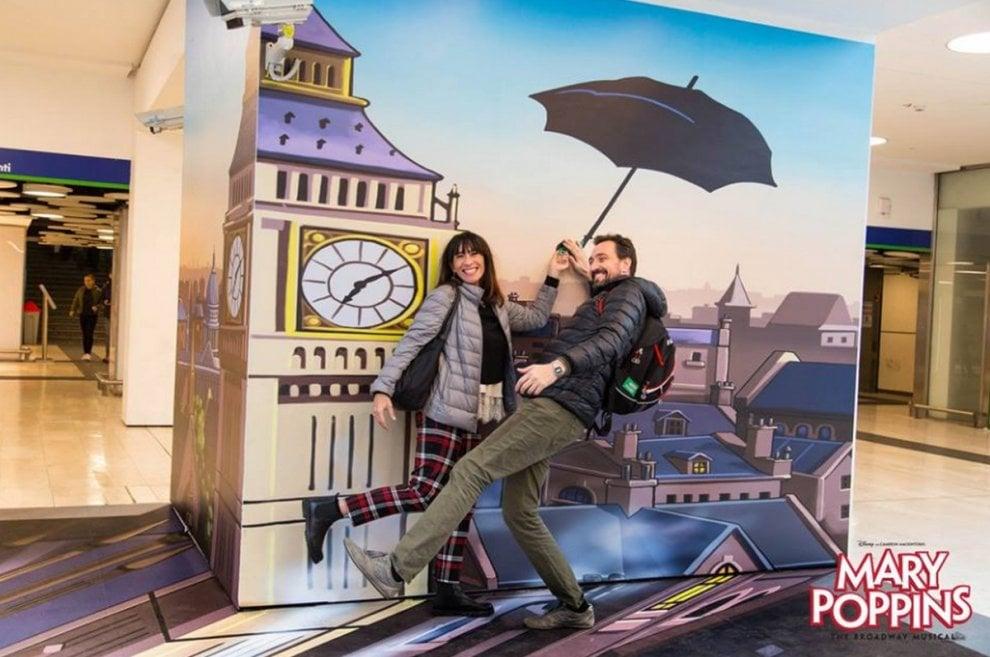 Mary Poppins versione street art, in stazione a Milano un angolo di Londra firmato Pao