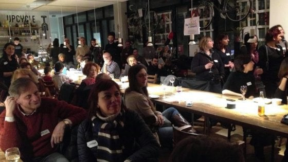 Il boom delle social street a Milano, dal virtuale al reale: ora offrono servizi