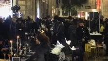 In rigoroso total black per la cena in nero  nel cuore della città