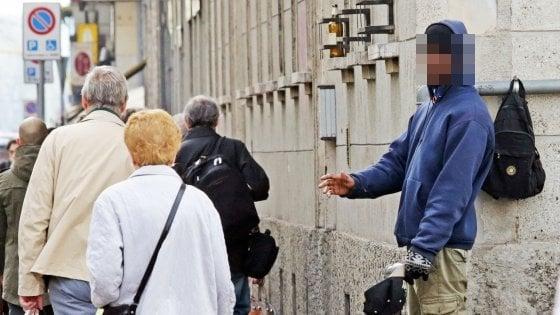 Milano, l'ombra del racket dietro i mendicanti: fenomeni fotocopia da corso Lodi a Porta Venezia