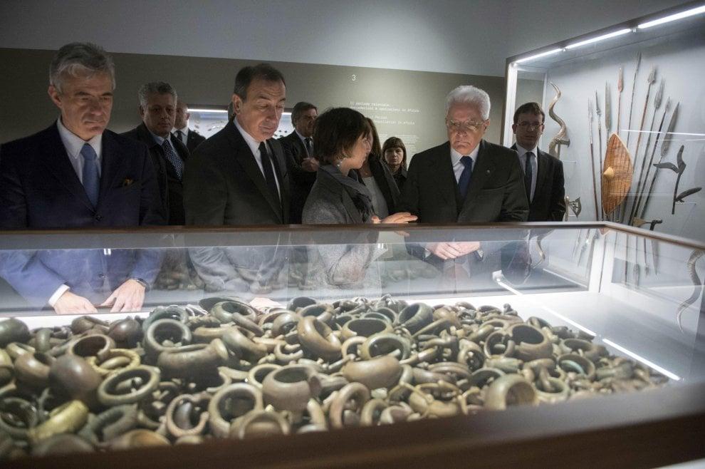 Milano, Mattarella alla biblioteca del Mudec: 4mila volumi dedicati alle culture del mondo