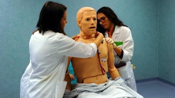 Medicina, nel campus hi-tech dell'Humanitas di Milano: tra pazienti artificiali e pianoforte condiviso