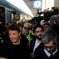 """Renzi in Lombardia con il treno del Pd: """"Sport, periferie e salute: ripartiamo da Milano..."""