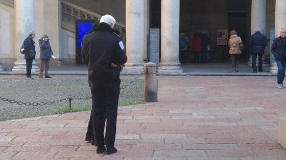 """Sicurezza, guardie armate all'Accademia di Brera. Gli studenti mugugnano: """"E' il Grande fratello"""""""