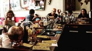 Il fotoprogetto sui bar, fabbriche di storie o rifugi di eremiti in cerca di compagnia            di L.LANDONI, S.MOSCA e P.COLAPRICO