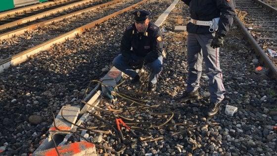 """Furti di rame in stazione Centrale a Milano, arrestato sui binari: """"Quei cavi fondamentali per la sicurezza"""""""