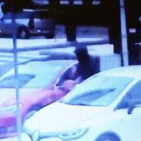 Banda dei Rolex, cinque in manette a Milano: rapinatori incastrati dai filmati