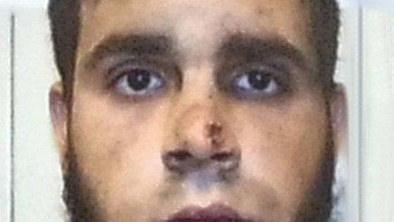 """Aggressione in Centrale a Milano, Hosni al giudice: """"Curatemi in una comunità psichiatrica"""""""