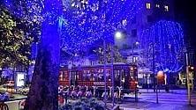 Si accendono le luci di Natale a partire da Corso Sempione: 35 km di strade illuminate  in città
