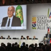 """Mafie, nasce la Carta di Milano. Minniti ai partiti: """"Sì a patto solenne contro i voti..."""