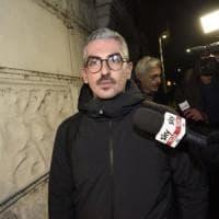 Mantova, il sindaco Palazzi torna in aula dopo inchiesta su sms hot: