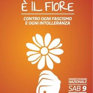 """Como, un fiore bianco """"contro ogni fascismo e intolleranza"""": la locandina del 9 dicembre"""