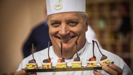 Iginio Massari scommette su Milano, pasticceria con laboratorio vista strada a due passi dal Duomo
