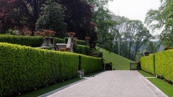 Villa gernetto morto il giardiniere al lavoro nella for Donare un giardiniere