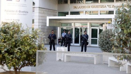 Brescia, spara al ladro dalla finestra: condannato a 2 anni e 8 mesi. L'altro prende 4 mesi in meno