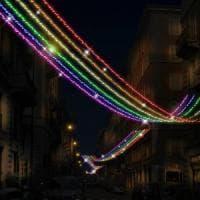 Natale Lgbt a Milano, debuttano le luminarie arcobaleno nel nuovo distretto gayfriendly
