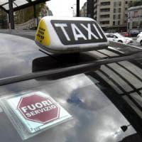Sciopero dei tassisti, il 14 dicembre rischio giornata nera a Milano: corteo tra lo shopping natalizio