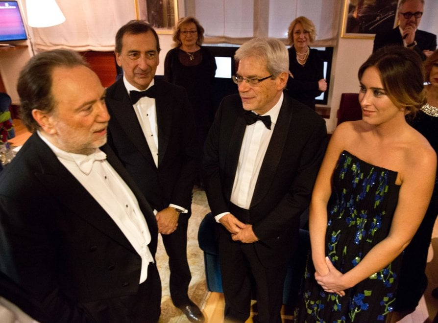 Scala, il debutto di Maria Elena Boschi: tutti gli ospiti della Prima