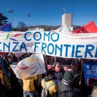 Neofascismo, a Como canti partigiani e bandiere contro l'intolleranza: