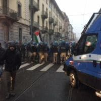 Milano, scontri tra militanti di Forza Nuova e antagonisti