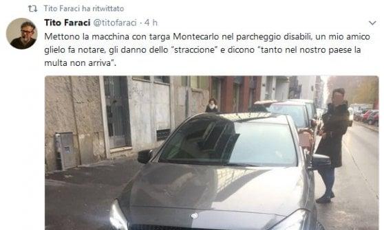 """Parcheggio selvaggio a Milano, Mercedes targata Monaco nel posto disabili: """"Tanto la multa non mi arriva"""""""