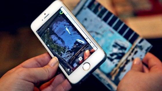 A Milano il primo museo itinerante della street art: con lo smartphone i graffiti prendono vita