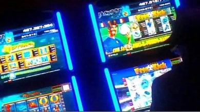 L'Italia delle slot    È la Lombardia la regione dove si gioca di più: bruciati   10 miliardi