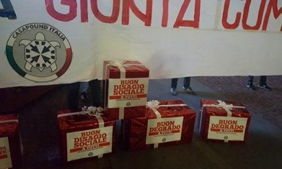 CasaPound sfida ancora Sala: nuova manifestazione davanti al Comune di Milano