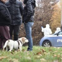 Uccisa nel parco a Milano, la caccia all'assassino riparte dalla catenina