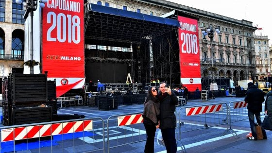 Capodanno a Milano con Luca Carboni e Fabri Fibra: 250 agenti a vigilare sulla sicurezza in piazza Duomo