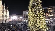 Panchine o sculture  per Rogoredo: la seconda  vita di Vittorio, l'albero  di Natale in Duomo