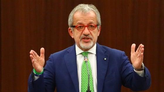Maroni non si ricandida governatore, ma annuncia