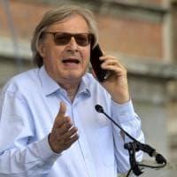 Elezioni Lombardia, nella girandola delle candidature spunta anche Sgarbi: