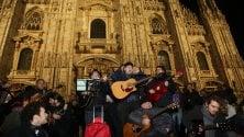 Tributo canoro per Fabrizio De André in piazza Duomo