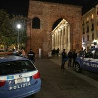 Milano, blitz della polizia contro lo spaccio alle Colonne di San Lorenzo