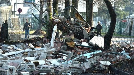Milano esplosione di bombola gpl in kartodromo a Rozzano