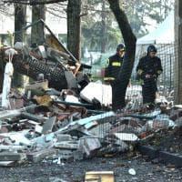 Rozzano, esplode una caldaia: i resti della pista di kart distrutta