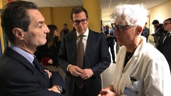 """Elezioni, Regione Lombardia: """"No passerelle dei candidati negli ospedali"""". Ma non vale per il centrodestra"""