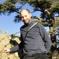 Milano, il naturalista che studia la rinascita della vita nelle zone dove