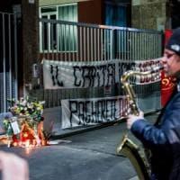 Milano, maxi consulenza per le 4 morti in fabbrica: i familiari delle vittime