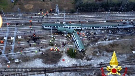 Deragliamento a Pioltello, continua il blocco delle linee locali. Deviata l'Alta velocità Milano-Venezia