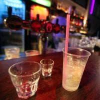 Quattordicenne beve troppo e si sente male: chiuso bar nel Pavese